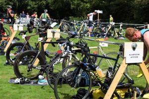 veld met fiets